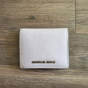 NWOT Lilac Michael Kors Bifold wallet